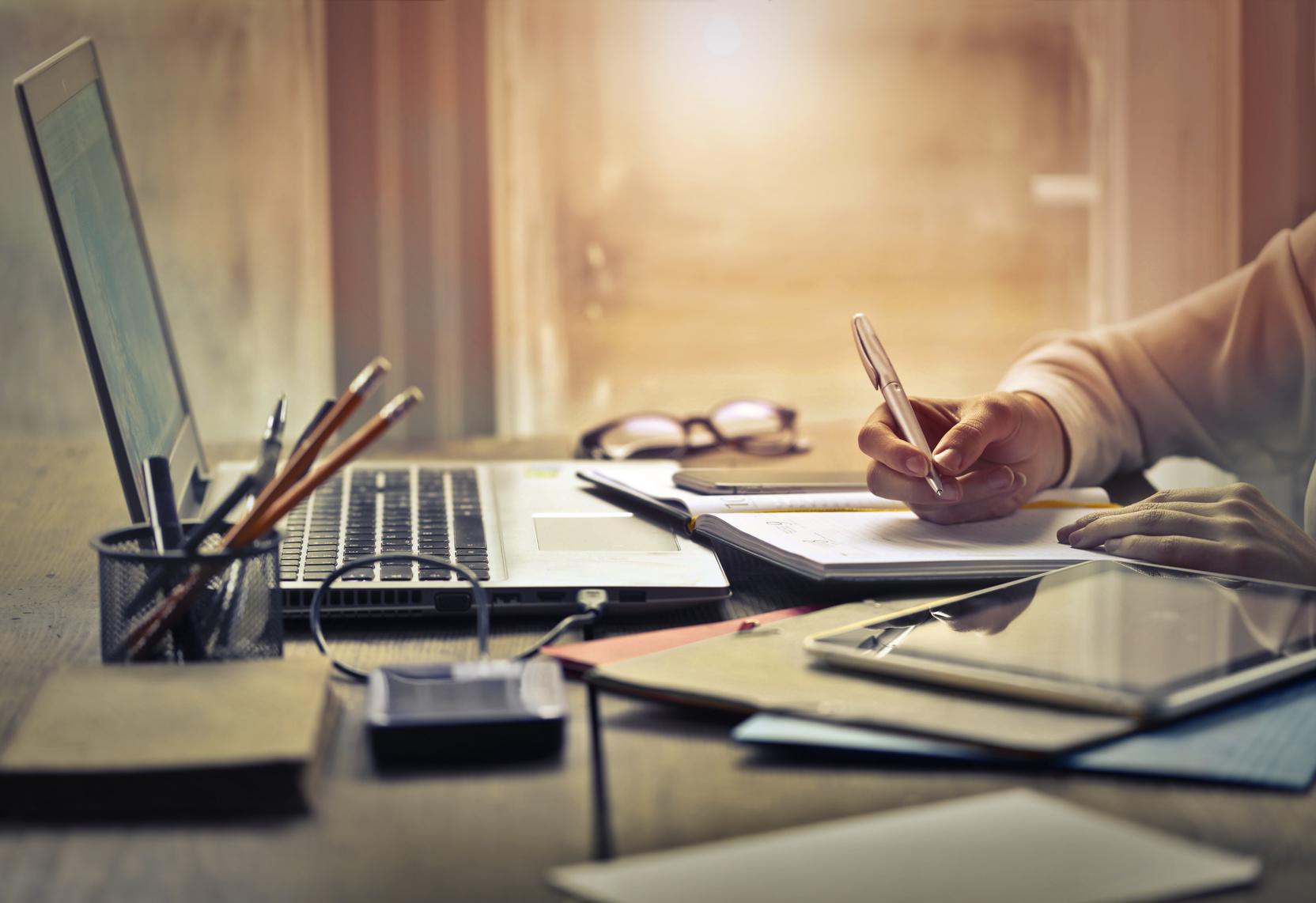 8 Trucos para redactar una obra literaria bien